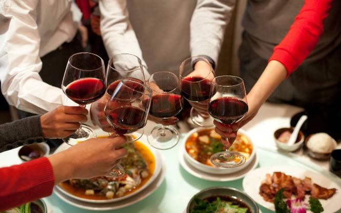 如何为年夜饭配些好葡萄酒
