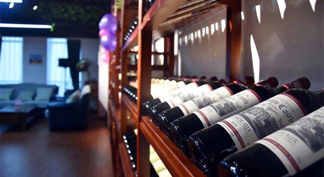 开一家葡萄酒专卖店多少钱