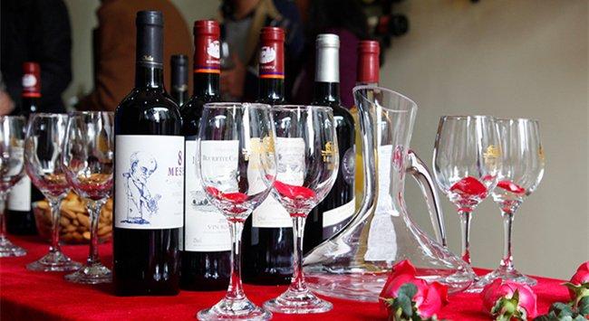 红酒有名的品牌有哪些