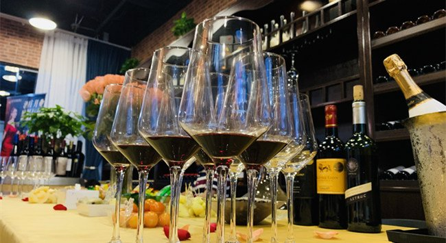 开个葡萄酒加盟店要多少钱